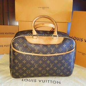 Deauville Louis Vuitton handbag
